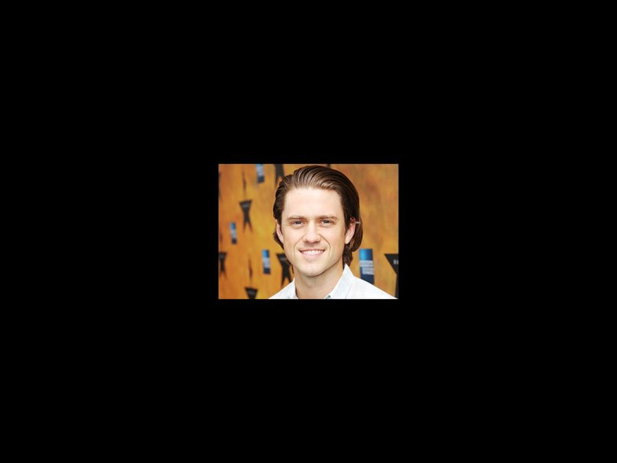 Aaron Tveit - square - 8/15